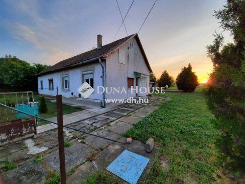 Eladó Ház, Tolna megye, Tolna