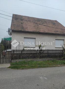 Eladó Ház, Baranya megye, Szentlőrinc