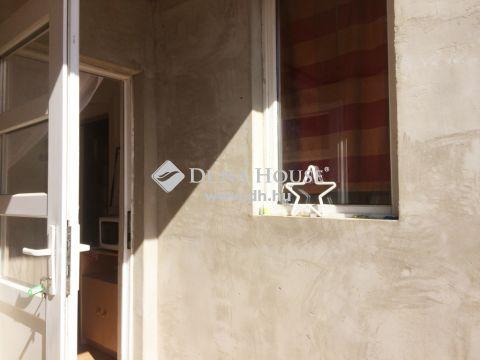 Eladó Lakás, Budapest - Frekventált, csendes, belső kétszintessé alakíthat