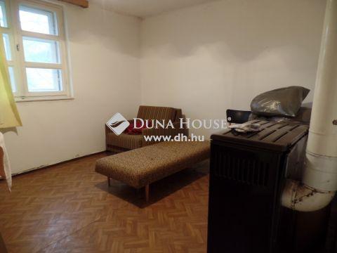 Eladó Ház, Bács-Kiskun megye, Kecskemét - Lakás árában kis ház a Vacsi közben