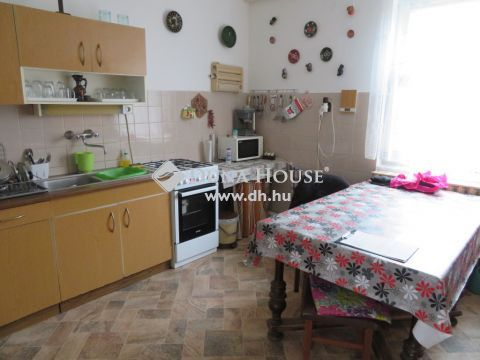 Eladó Ház, Csongrád megye, Szatymaz