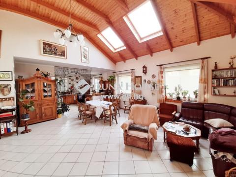 Eladó Ház, Pest megye, Veresegyház - aszfaltos ut, csendes környék, szép házak