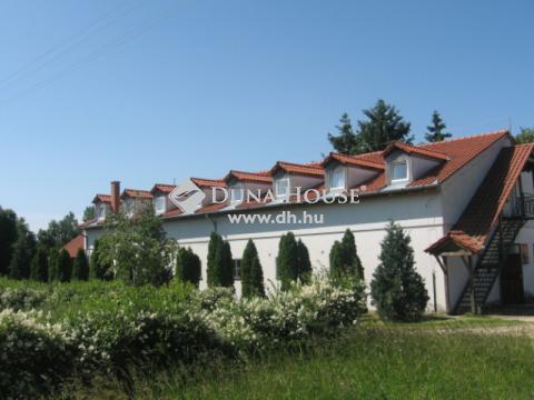 Eladó Ipari, Veszprém megye, Bakonyjákó