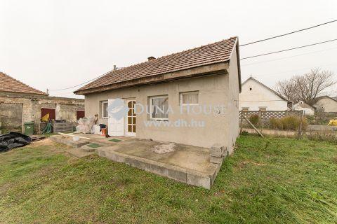 Eladó Ház, Pest megye, Kiskunlacháza