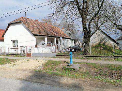 Eladó Ház, Fejér megye, Csákvár