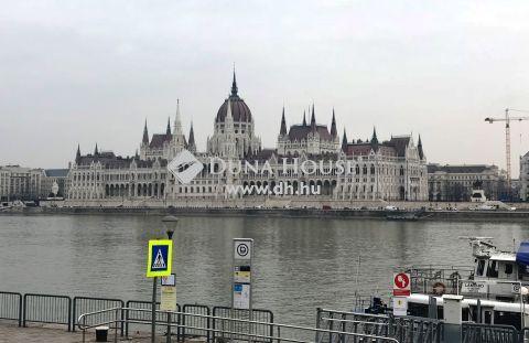 Eladó Lakás, Budapest - Halász utcában jó állapotú 3 szobás lakás eladó