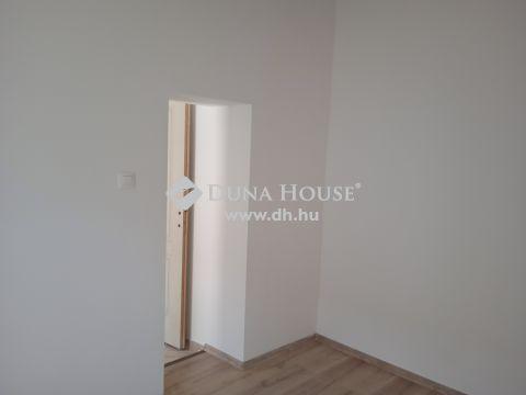 Eladó Ház, Budapest - Hatlakásos udvarból két lakás egyben eladó