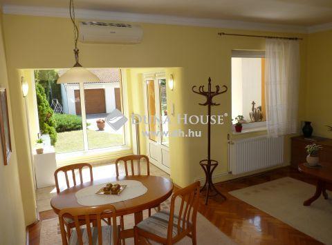 Eladó Ház, Somogy megye, Kaposvár - *** Észak-nyugati városrész, nappali- étkező + 2 szobás, igényes családi ház